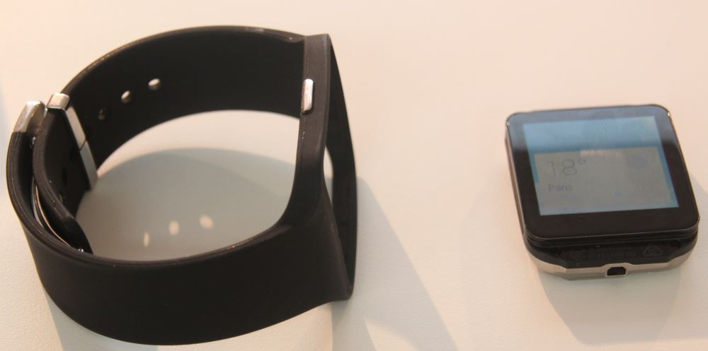 Sony Smartwatch 3 (bracelet amovible)