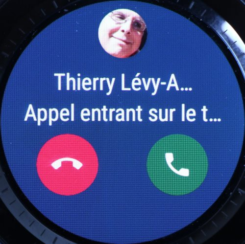 Notification d'appel sur Wear OS